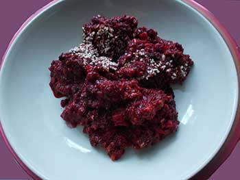 Baked amaranth with beets